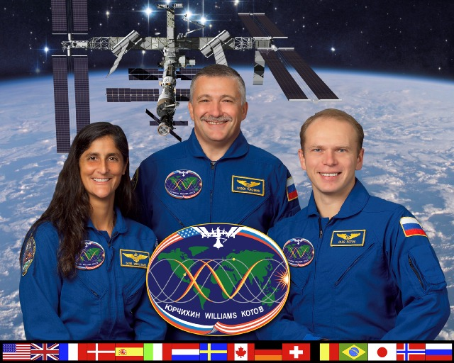 Expedition 15 crew picture. Image credit Space Boosters