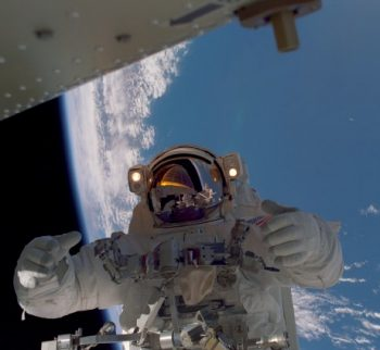 A photo taken during the STS-97 spacewalks. Image credit Astronautix
