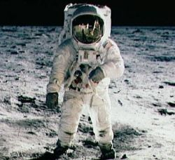 Buzz Aldrin on the Moon. Image credit About.com