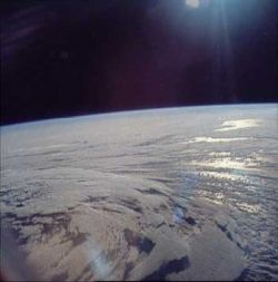 apollo11_earth_03