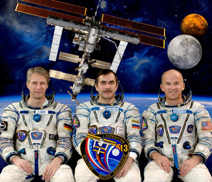 Thomas Reiter, Pavel Vinogradov and Jeffrey Williams. Image credit NASA