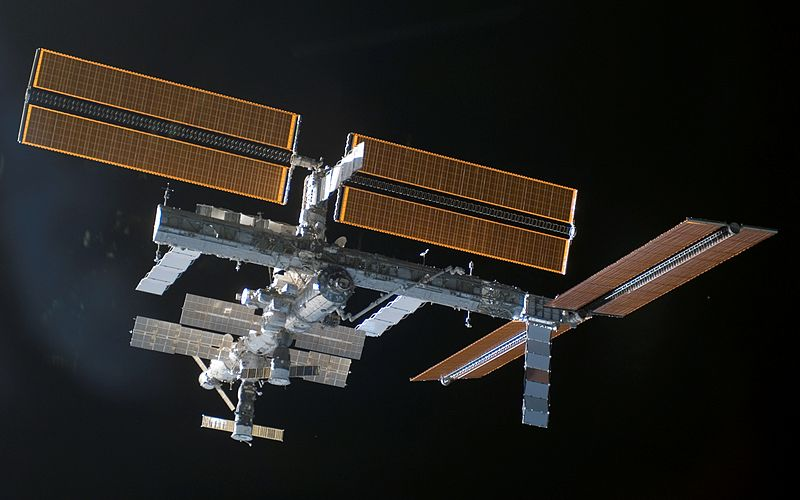 A view of the International Space Station with the new P3/P4 Truss.